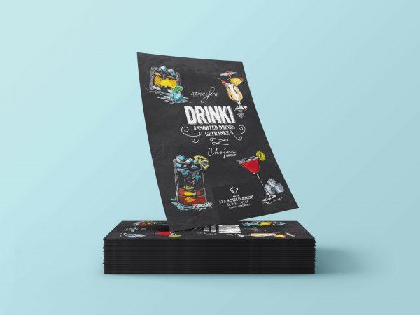 <span>Projekt graficzny karty menu drinki</span><i>→</i>
